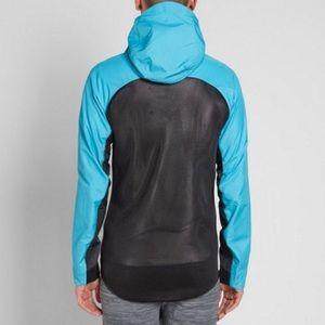 7e4fecf52c Nike Jackets   Coats - NWT Nike Tech Hypermesh Windrunner