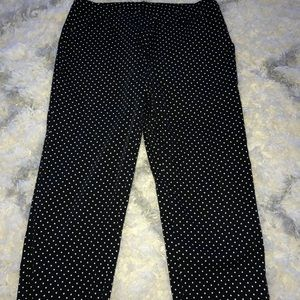 Pants - New directions Capri polka dot pants size 4p