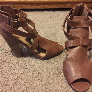 Brown cutout heeled shoes