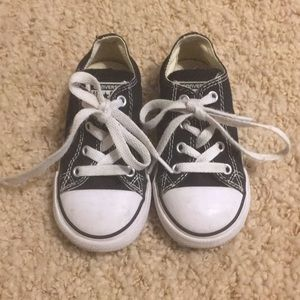 Black Baby low top Converse size 8