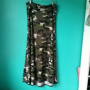 LuLaRoe Camouflage Print Long Maxi Skirt