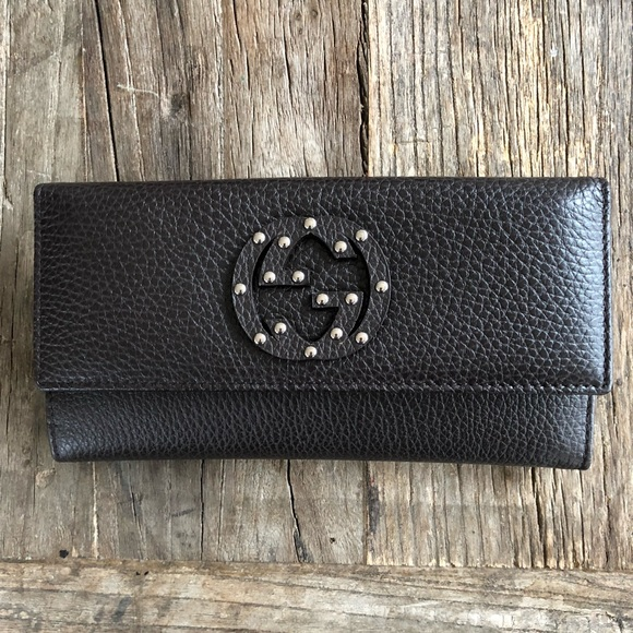 323acdaaa87 Gucci Brown GG Studs Women s Leather Wallet 231843