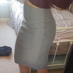 Checkered pencil knee length express skirt