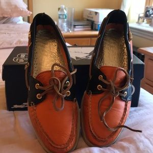 Sperrys with custom pins