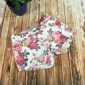 Zara trafaluc floral booty shorts