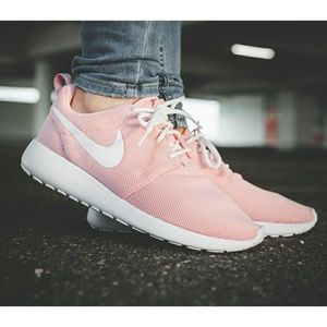 New Nike Roshe One Pink Shoes