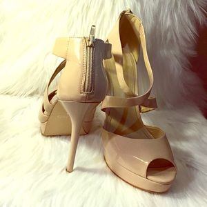 Beige patent leather open toe heels