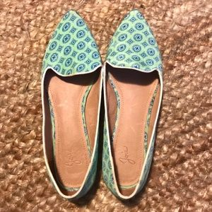 Gently Used Joie Flats