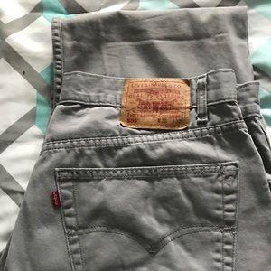 Men's Levi jeans 38x32