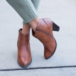 Dress Up booties