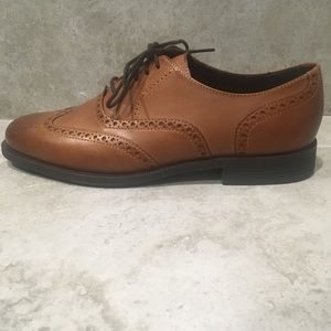 Cole Haan Oxford Wingtip