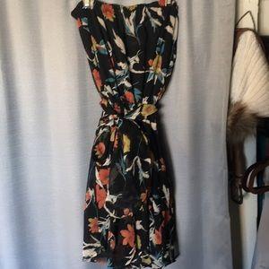 Strapless floral dress with waist tie