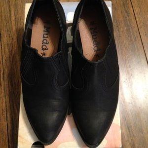Mudd Black Loafers Heel Size 8