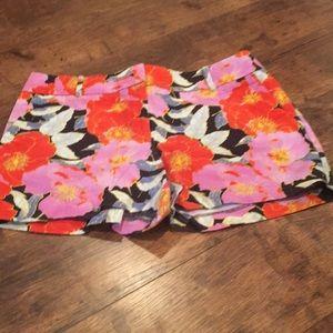 Floral patterned shorts