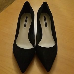 Zara Basic Suede Low Heels Size 5
