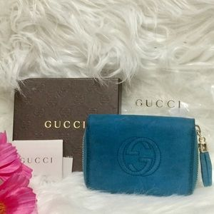 Authentic Gucci nutmeg soho disco wallet.