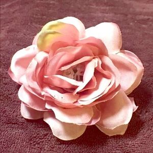 Accessories - Handmade Hair clip Wilted Pink Rose