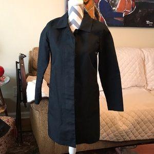 Gap raincoat 🌧