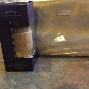 Tarte airbuki Brush and gold make up bag
