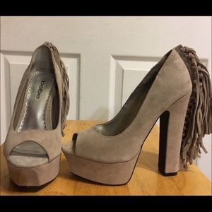 Bebe size 7 brand new suede shoes