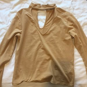 Long sleeve choker top