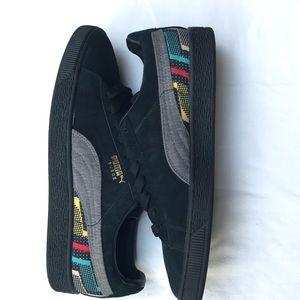 NWOT Puma BLk suede sneakers with pattern Sz men 9