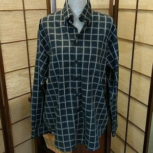 HAGGAR!! MENS large 100% cotton button up