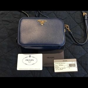Small navy Prada purse