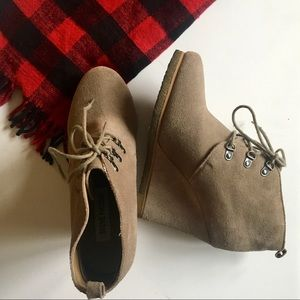 Steve Madden tan suede lace up wedge booties