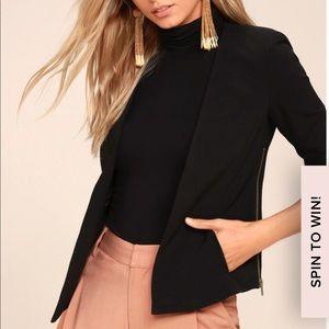 Lulu's black blazer