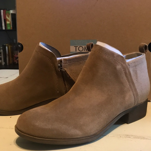 99433a47b62 New with tags Toms Deia Toffee Booties