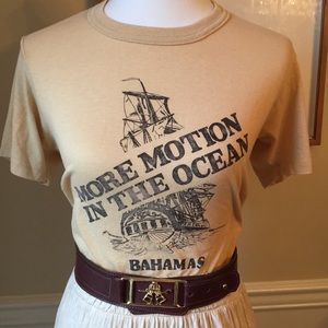 VINTAGE T-Shirt : More Motion in the Ocean