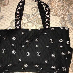 Quilted, snowflake bag with snowmen on the handles