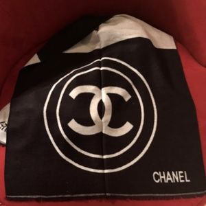 Authentic Chanel Chashmere/Silk Long Scarf Wrap