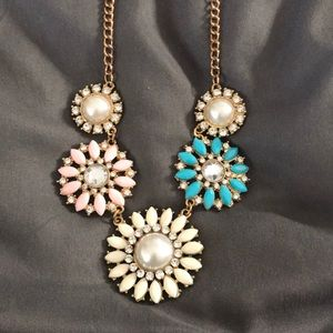 Floral and pearl bib necklace