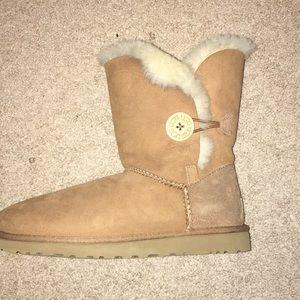 Light Camel, Bailey Button ll Ugg Boots