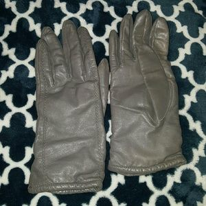 Grey Leather lined Gloves