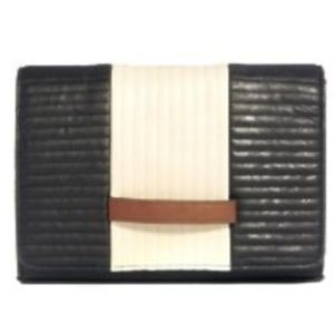 color block radiator quilt clutch with handle
