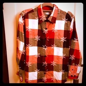 🌲❄️Dressbarn Buffalo Plaid snowflake Shirt