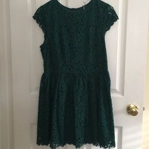 H&M Emerald Green Lace Cocktail Dress