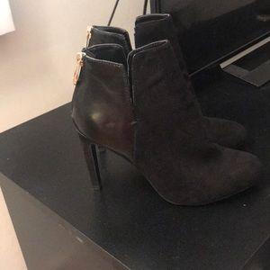 Zara booties size 37