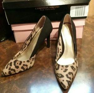 New Cheetah print heels sz 6 1/2