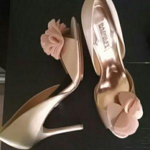 Never worn Badgley Mischika  blush 3/4 inch heels