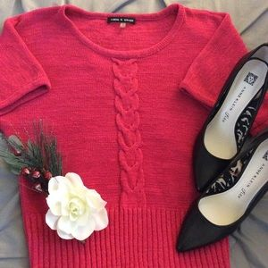 Cable & Gauge Raspberry Short Sleeved Sweater