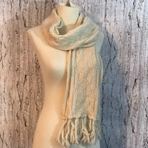 Cream colored Old Navy scarf