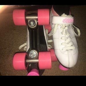 Shoes - Roller skates