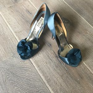 Badgley Misckha teal blue heels