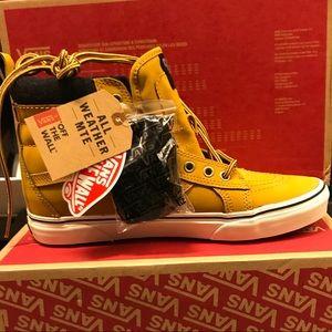 VANS Sk8-Hi MTE Men US 9.5 Honey/Leather Sneakers