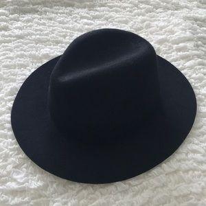 H&M felt hat, size M
