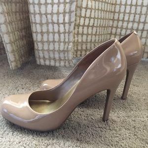 Jessica Simpson Size 9 Heels